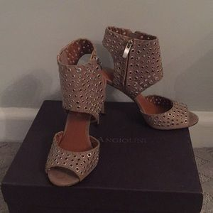 Enzo Angiolini women's Branon 2 Sandals